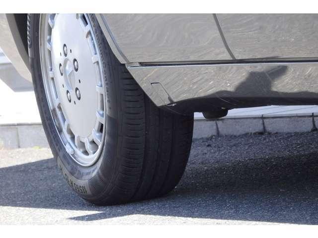 タイヤの残り溝は画像にてご確認ください。