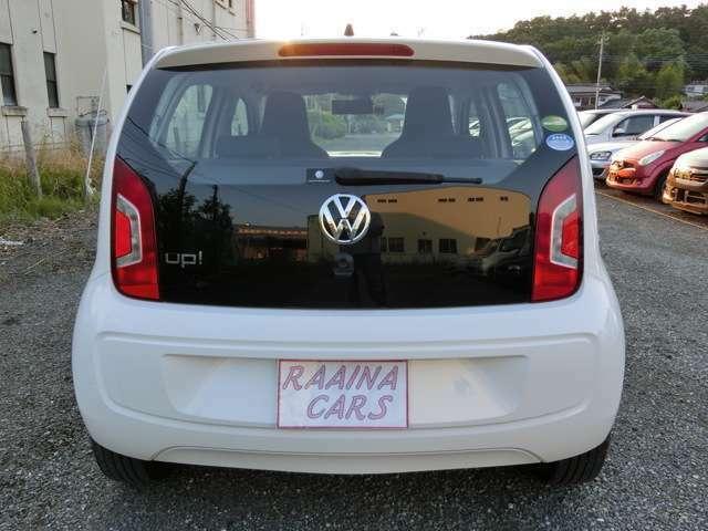 当店のお車は、すべて税込価格で表記しております。総額表示の値段は、自動車税と消費税が含まれておりますので安心してください!!