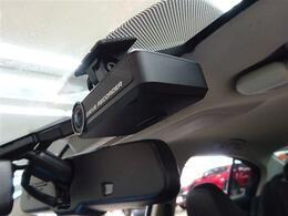 ■ 装備3 ■ 純正オプションドライブレコーダー搭載