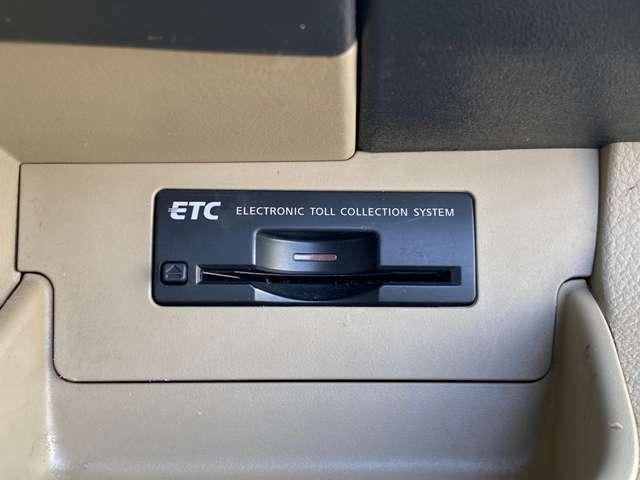 ETCが装備されております。 ご納車後の御車の車検、整備など何でもご相談ください。 株式会社カーコレ 湘南は【Total Car Life Support】をご提供しています。
