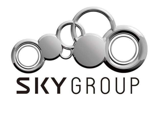 私どもSKYグループは、東京・横浜・新潟で15ブランドのプレミアムカー・ラグジュアリーカーを扱う輸入車ディーラーのグループ会社です。