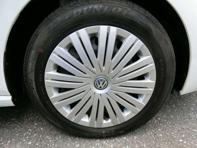 タイヤは2019年製造のダンロップのエナセーブを装着しております。残量は6分山程度あります。