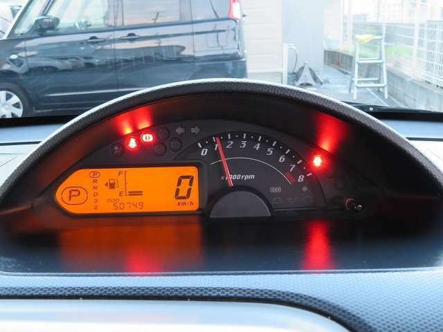 ドライブやお散歩がてらぜひお立ち寄りください(*^^)vコーヒーで休憩しながらぜひ実物の車をみていただきたいです!