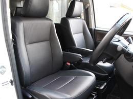 フロントシート(運転席側)の画像です