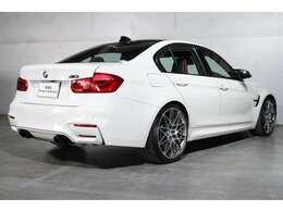 加工証明書の発行 BMWが認める品質の証。 純正コーティング加工の証明ができます。