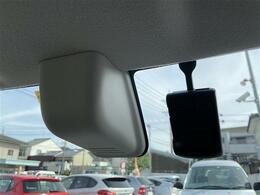 衝突被害軽減ブレーキ、ドライブレコーダーがついているので、万が一に備えて安心です!