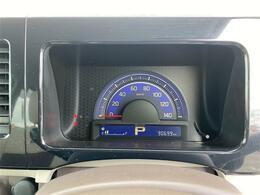 純正オーディオ CD USB AM FM バックカメラ アイドリングストップ スマートキー プッシュスタート ステアリングリモコン オートライト フォグライト 純正14インチアルミホイール ISOFIX対応シート 電動格納ミラー