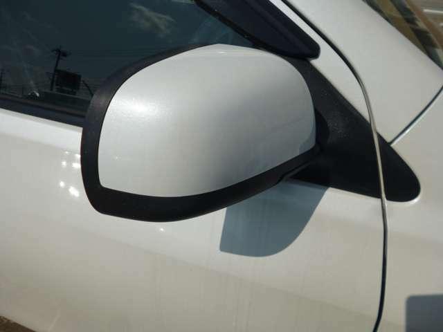 全車展示前に必ず車両チェックを実施しております。保安基準に基づく点検と装備品の動作確認、走行テストも実施しております。どんなに希少なお車でもこの基準をクリアできないお車は展示いたしません。