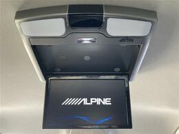 【アルパイン10.1型フリップダウンモニター】天井にモニターが装備されています!お子様など、ロングドライブでも退屈せず楽しくお過ごし頂けます☆