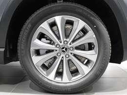 【Mercedes-Benz純正アルミホイール】大径の19インチ10スポークアルミホイールを装着♪
