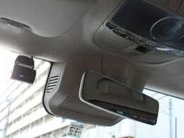 ラゲッジボード、サイドドアバイザー、純正ドライブレコーダー、テレビキャンセラー、ETC2.0