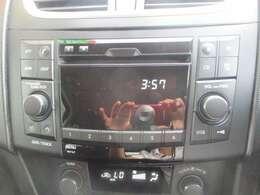 純正のCDラジオプレーヤーも搭載!