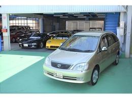 トヨタ ナディア 2.0 L ガレージ保管 HID ウッドパネル