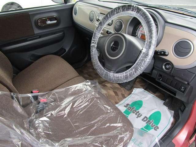 シート汚れもなく大変きれいなお車です!