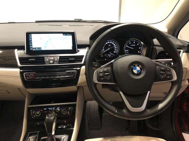 グランツアラーの乗り心地のよさとともに、より高級な乗り味を与えてくれるお車です。