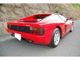 社外マフラー/低走行/奇麗な内外装です!ヨーロッパ並行/ホワイトベージュシート/ブラウン内装・ダッシュボード/エアコン快適!