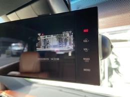 ミラー型ドライブレコーダー(DRY-FH200M)が装着しております。万が一の時のためにドライブレコーダーは必須ですね!!