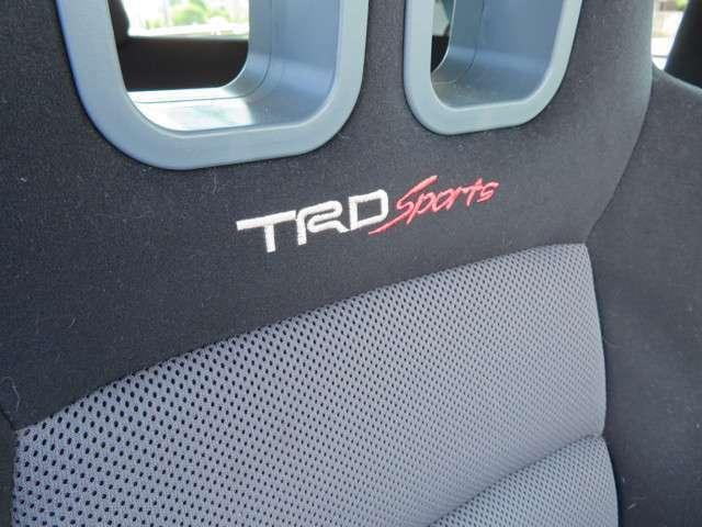 TRDオプションセミバケットシートになります!