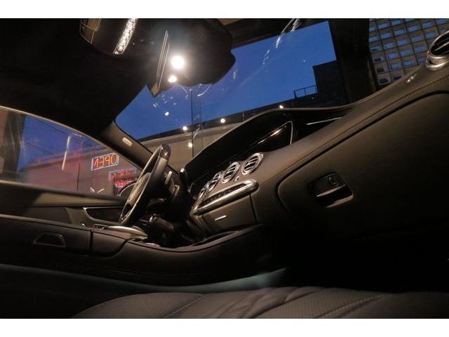 雨の日にはお車をご覧頂く事がなかなか難しいと思いますので、お車選びを全力でサポートさせて頂くために事前にご連絡頂ければピットの中でじっくりとお車をご覧頂けます!お客様のご連絡をお待ちしております。