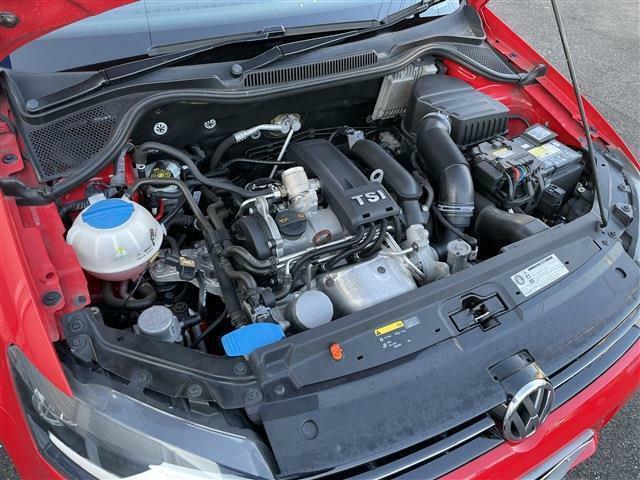 燃費の良い1.2Lのターボエンジン!もちろん調子いいです!