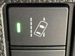 ◆路外逸脱抑制機能【車線を検知しはみ出さないように支援します。】◆車線維持支援システム(LKAS)【車線内を走行できるようにステアリング操作を支援します。】