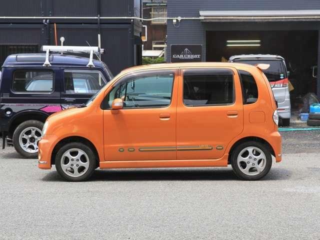 色もオシャレなオレンジ色です
