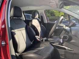 プジョー茨木店に在庫している車両は全てカーセンサー認定書付きなのでご安心いただければと思います。