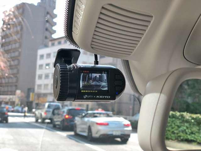 Bプラン画像:アプティ製ドライブレコーダーのプランです。万が一の際に安心と装着率の上がっている商品です。オプションで駐車監視モデル、前後録画モデル有(モデルチェンジなどで予告無仕様が変わる場合がございます)