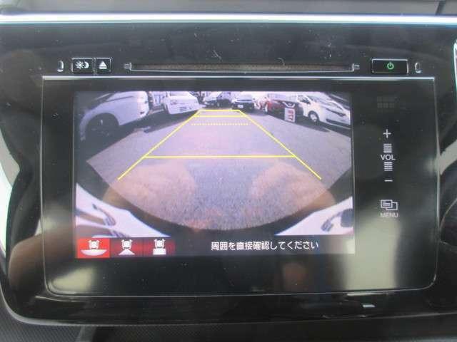 バックカメラつき!駐車時も安心です♪