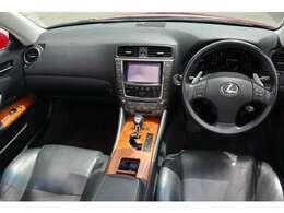 (当社はノーマル車両から自社でカスタムを行うためノーマル部品も揃っております。)