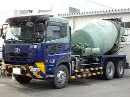 UDトラックス クオン 大型ミキサー車 積載11t ドラム容量9.8立米 カヤバMR50