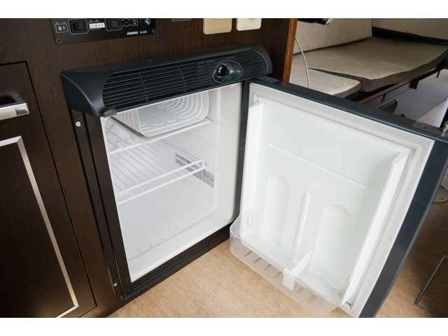 冷蔵庫は40Lの容量がございます!
