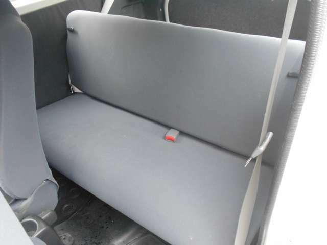 後部座席も乗車可能!