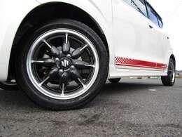 在庫台数40台以上展示!! クラシックタイプ・・ワゴンタイプ・・4WDタイプ・・ミッション車両・・希少車両 等豊富なラインナップで取り揃えております!