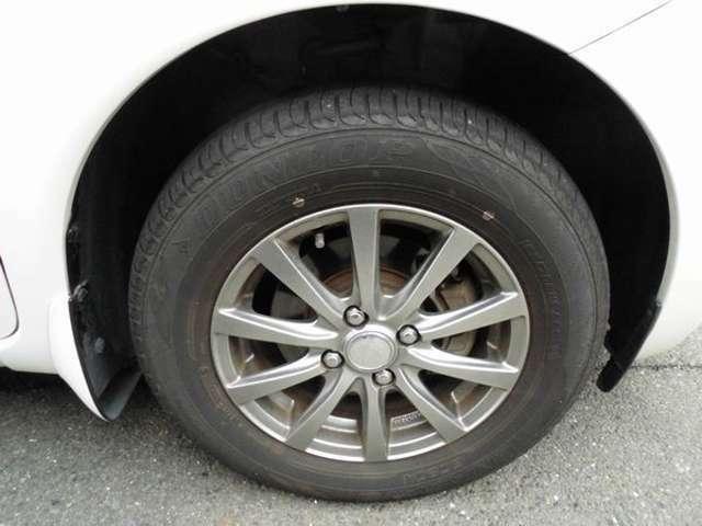 社外アルミホイール付きです タイヤ溝は前後共に7分山位です
