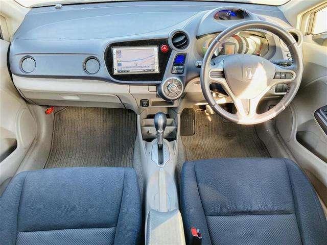 【 インストルメントパネル 】インパネまわりは綺麗で洗礼されたデザインです♪ドライブが楽しくなりますね♪