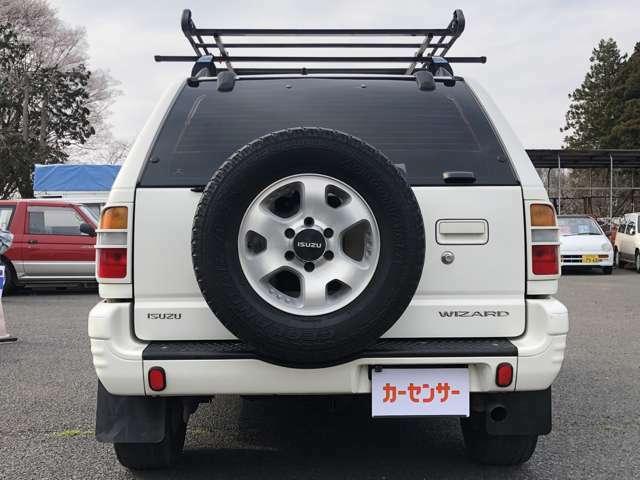 G-LIMITEDなので背面タイヤ付!これがあるのとないのでは印象違います。