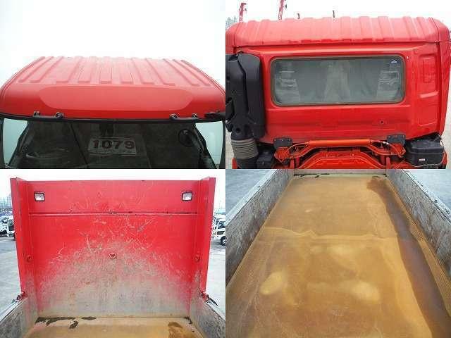 10トンダンプは大量の荷物を輸送する際に重宝されており、建築業界で建築資材を運ぶ際には活躍しています。
