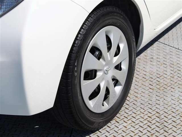 タイヤサイズは175/65R15!納車前の点検時にタイヤ交換させていただきます!