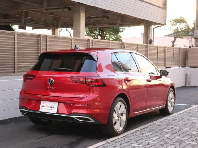 Golfは安全性、デザイン、装備レベルの高さで世界基準車とも評されています。ぜひお確かめ下さいませ。