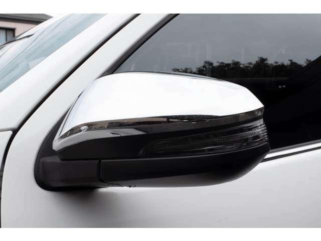 ディーラーオプションベッドライナー・TRDハードトノカバー(ボディ同色塗装)・RAYS製デイトナFDX17インチAW(セミグロスブラック)・BFグッドリッチホワイトレタータイヤ・外装、内装共に高品質車!