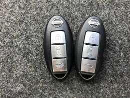 【インテリジェントキー】広い駐車場でどこに止めた分らない時!リモコンスイッチボタンを押すとクルマがピッと音とハザードランプで応えてくれます!