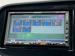 ◆社外HDDナビ【CD/DVD再生機能付き。バラエティー性に富んだ装備なので道案内だでなくドライブを楽しくさせてくれます】