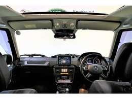 視点が高く、また視界が広くとても運転しやすいお車です!