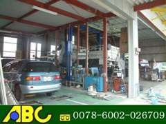 検査ライン完備しておりますので、車検・点検・一般整備お任せください。