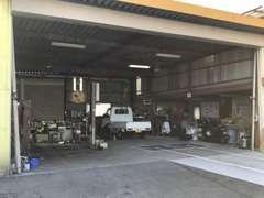 九州運輸局認証整備工場完備!車検、整備などもお任せ下さい!