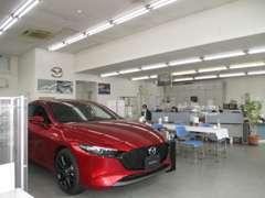 当店は国道20号線沿い甲府昭和インターより車で10分程です!