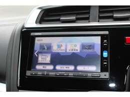 フルセグTV・DVD/CD再生・Bluetooth接続も可能です!