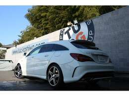 メルセデスの人気ステーションワゴン! CLA250 シュポルト 4MATIC SBの入庫です!外装にはカルサイトホワイトを配色!
