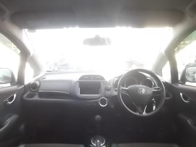 運転席、助手席も乗り心地OK!疲れないシートでドライブもOK!